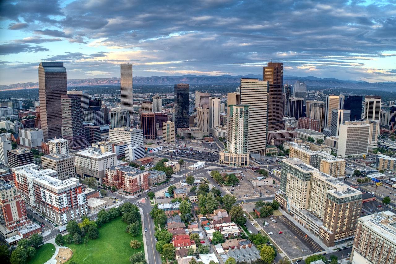 Denver Multifamily Real Estate Report Stats 2021 - Archwest Capital